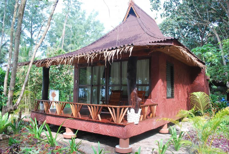 Bamboo Beach Bungalow